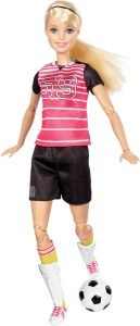 barbie-made-to-move-professional-voetbalster-barbiepop